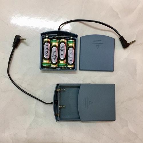 Cách mở két sắt khi hết pin - Hộp tiếp pin