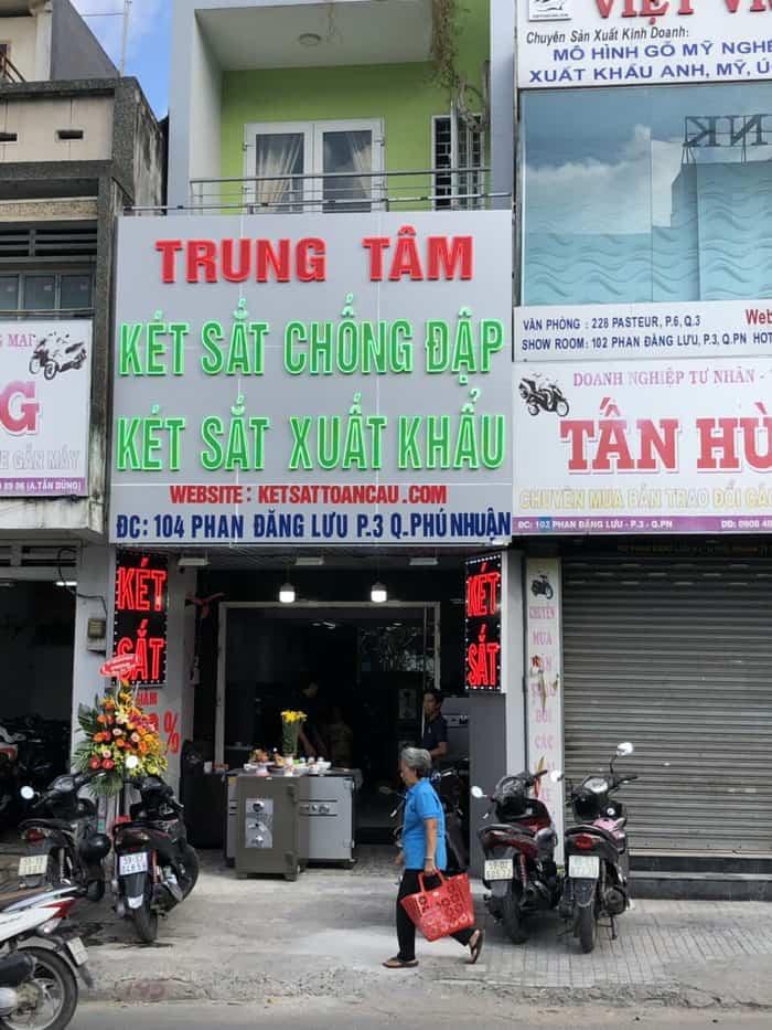 két sắt giá rẻ