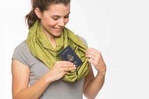 Cách giấu tiền khi đi du lịch