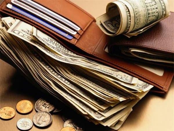 Cố gắng nhớ chi tiết những thứ có trong ví tiền
