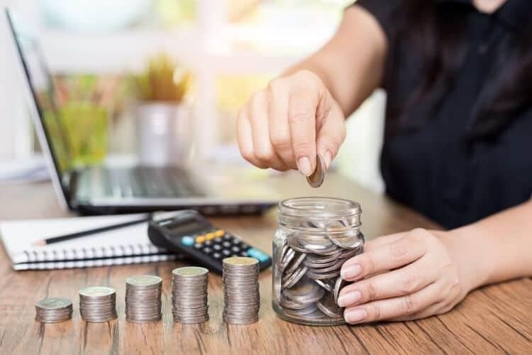 Vì sao không nên gửi tiền vào ngân hàng
